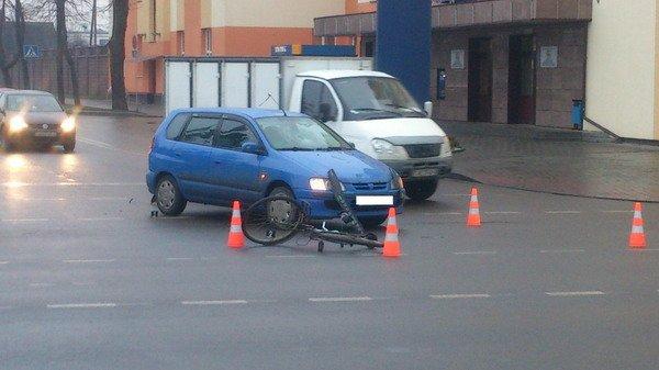 В Гродно велосипедист в шестой раз нарушивший ПДД был сбит автомобилем (Фото), фото-1