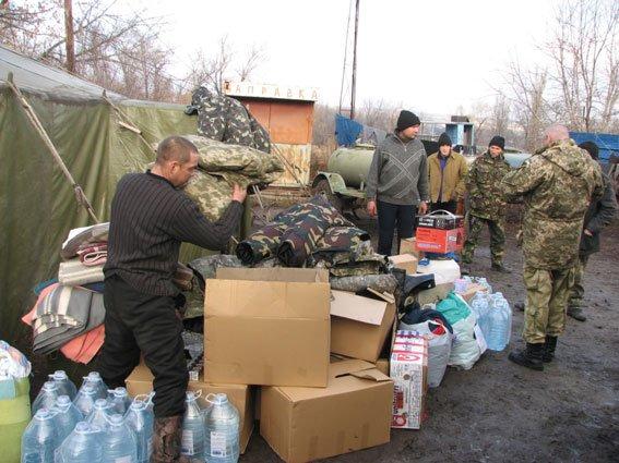 Запорожские сотрудники ГАИ помогли доставить в АТО гуманитарный груз (ФОТО) (фото) - фото 3