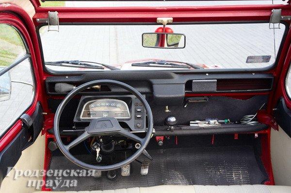 Гродненец приобрел ретро-автомобиль «Ситроен» 2CV для своей коллекции (Фото), фото-4