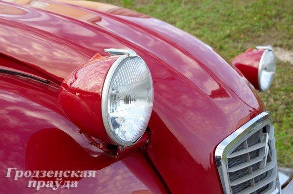 Гродненец приобрел ретро-автомобиль «Ситроен» 2CV для своей коллекции (Фото), фото-3