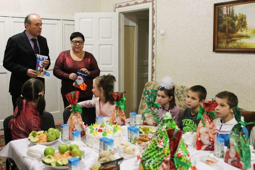 Дети из школы-интерната № 1 получили подарки ко Дню Святого Николая! (ФОТО), фото-3