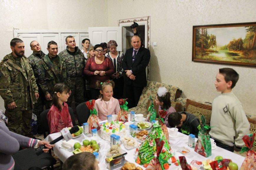 Дети из школы-интерната № 1 получили подарки ко Дню Святого Николая! (ФОТО), фото-1