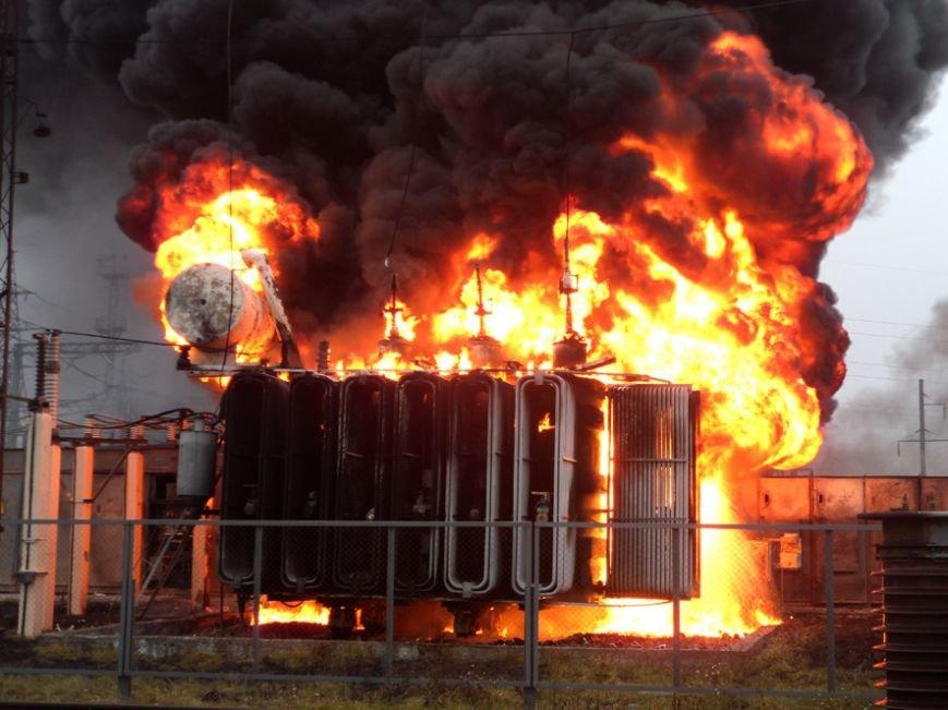 На Полтавщине сгорел трансформатор электроподстанции (фото и видео) (фото) - фото 1