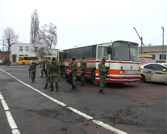 В Сумы из зоны АТО вернулись милиционеры (ФОТО) (фото) - фото 1