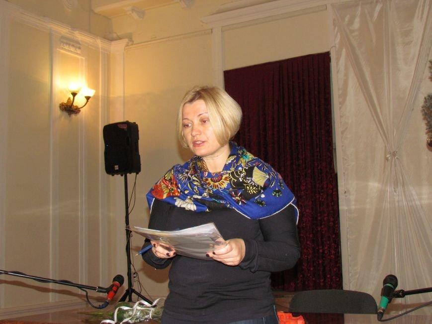 Нардеп от Порошенко Ирина Геращенко привезла в Мариуполь реанимобиль и генератор для больницы (ФОТО), фото-5