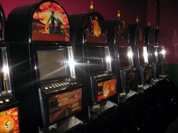 В Кривом Роге продолжается «зачистка» подпольных казино (фото) - фото 2