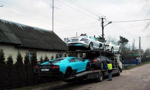 Фотофакт: в Гродно привезли 4 эксклюзивных автомобиля стоимостью около 1 млн. долларов (фото) - фото 2