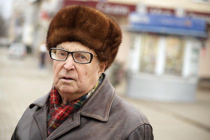 Белгородцы ждут высокой инфляции после нового года, а деньги в долларах и евро не хранят, фото-1