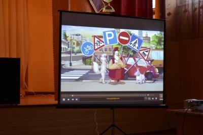 Сотрудники ГАИ перед зимними каникулами  рассказали школьникам о детском травматизме на дорогах  (ФОТО), фото-5