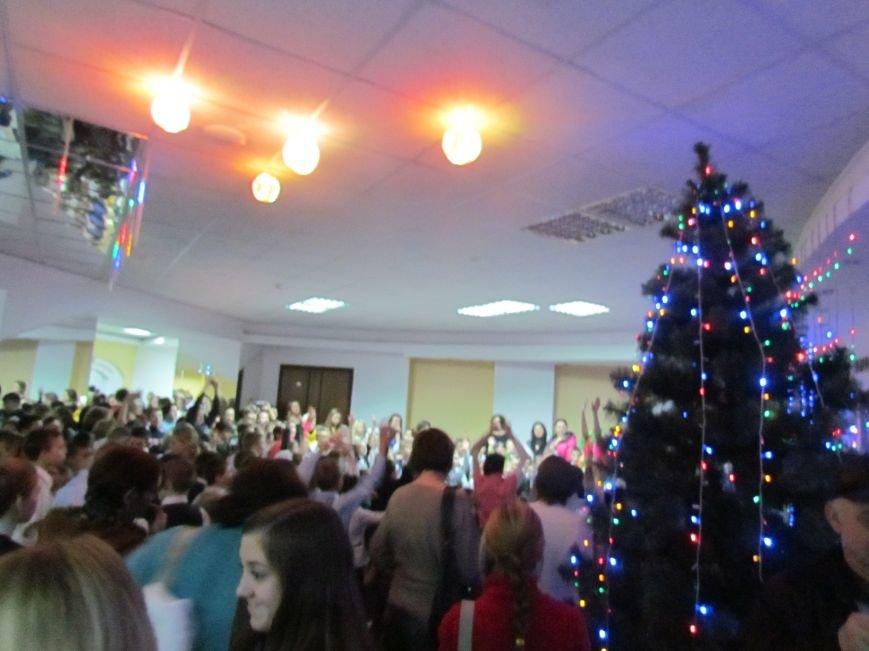 Святой Николай подарил радость детям из мариупольских интернатов, фото-3