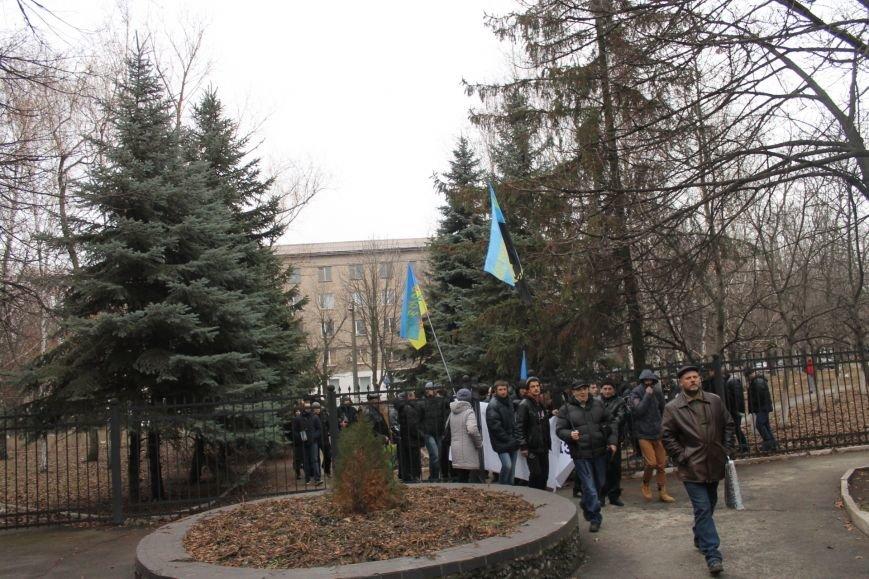 В Кривом Роге протестующие срезали болгаркой забор у офиса «Метинвеста» и под крики «Ганьба!» вошли в кабинет директора (ДОБАВЛЕНЫ ФОТО), фото-9
