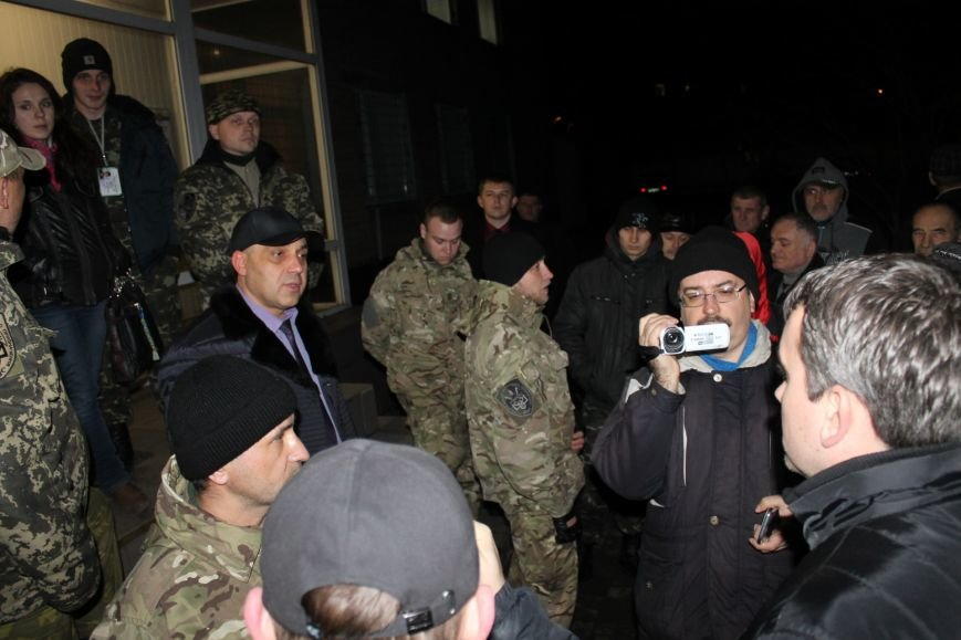 Правоохранители Кривого Рога доставили в РОВД для дачи показаний трех участников акции протеста (ДОБАВЛЕНЫ ФОТО), фото-6