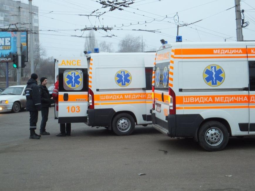 В Кировограде произошло неслабое ДТП с участием автомобиля скорой (фото) (фото) - фото 1