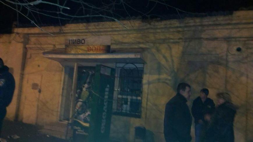Общественники и патриоты в Одессе громят «наливайки» и наркопритоны (ФОТО), фото-8