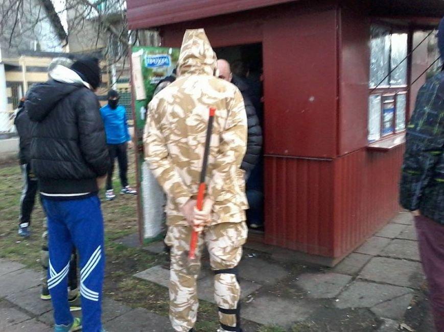 Общественники и патриоты в Одессе громят «наливайки» и наркопритоны (ФОТО), фото-2
