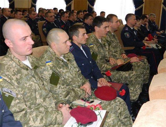 Правоохоронці Кіровоградщини приймали вітання з нагоди професійного свята (фото) - фото 1