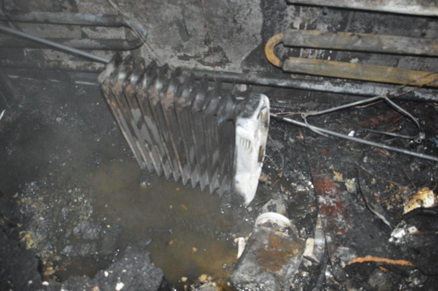 В Днепропетровской области на пожаре погибли четверо людей, из них - двое детей, фото-2