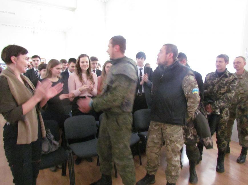 Мариупольские лицеисты поздравили танкистов с днем Святого Николая (ФОТО), фото-3