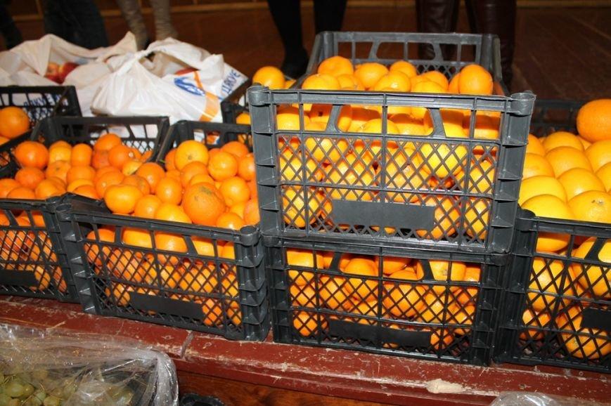Акция сайта 06274 «Стань Дедом Морозом» собрала больше 300 кг фруктов для детей из Артемовской школы-интерната!, фото-4