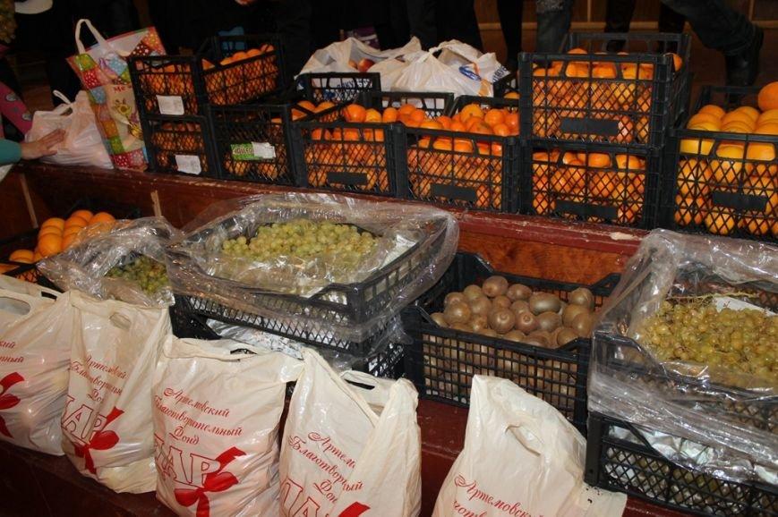 Акция сайта 06274 «Стань Дедом Морозом» собрала больше 300 кг фруктов для детей из Артемовской школы-интерната!, фото-3