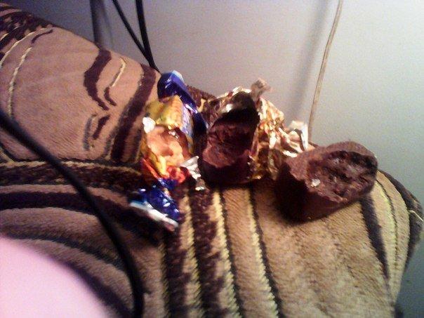 На Тернопільщині чоловік купив цукерки з неприємним сюрпризом (фото) (фото) - фото 1
