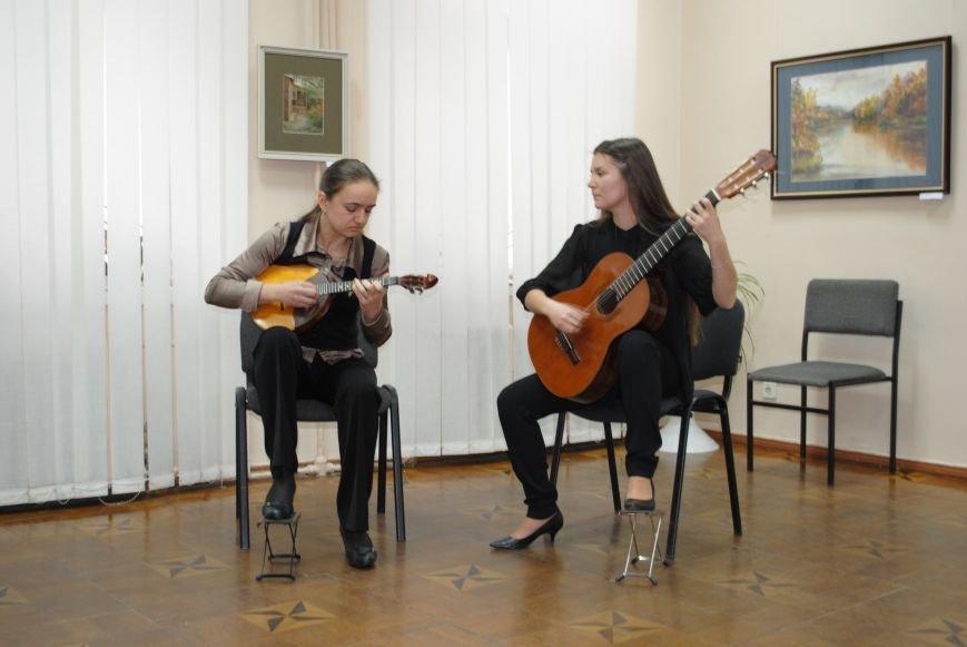 В Харьковском художественном музее открылась выставка художников-педагогов, которые решили показать, что они могут (ФОТО), фото-2