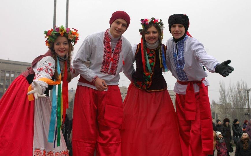 В Запорожье торжественно открыли центральную новогоднюю ёлку (ФОТО), фото-11