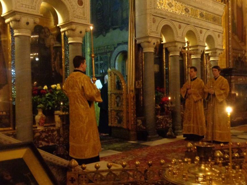 Мариупольцы молились за мир в день Святого Николая в киевских соборах (ФОТОРЕПОРТАЖ) (фото) - фото 1