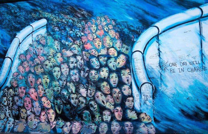 Рисунки на Берлинской стене (фото) (фото) - фото 1
