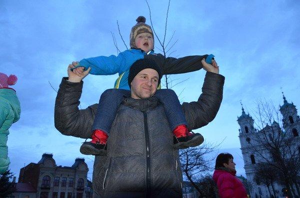 Парад Дедов Морозов в Гродно зажег главные елки в центре города (Фото, Видео), фото-4