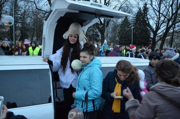 Парад Дедов Морозов в Гродно зажег главные елки в центре города (Фото, Видео), фото-3