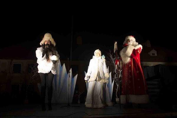 Парад Дедов Морозов в Гродно зажег главные елки в центре города (Фото, Видео), фото-18