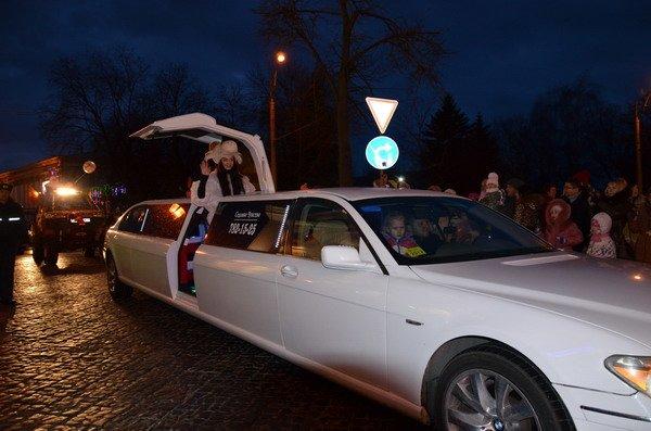 Парад Дедов Морозов в Гродно зажег главные елки в центре города (Фото, Видео), фото-9