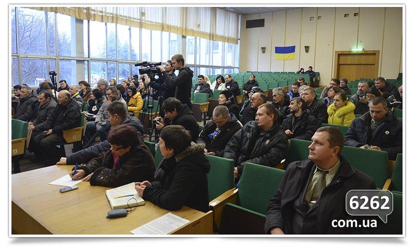 В Славянске слушания. Кандидаты на должность  главы отдела  образования пожали друг другу руки (фото) - фото 5
