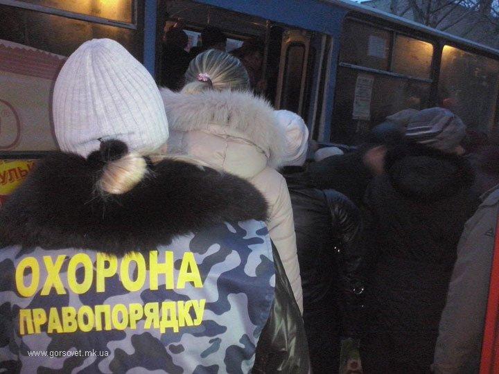 В Николаеве открыли охоту на «зайцев» в электротранспорте (фото) - фото 1