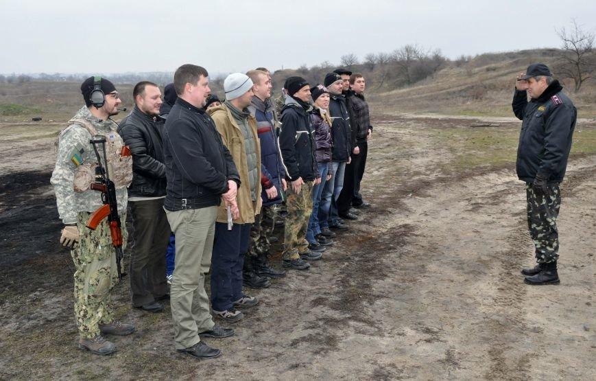 ФОТОФАКТ: В Запорожье бойцы Самообороны Майдана упражнялись в стрельбе, фото-1