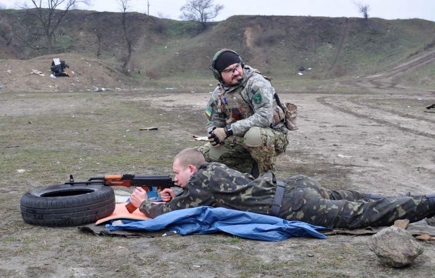 ФОТОФАКТ: В Запорожье бойцы Самообороны Майдана упражнялись в стрельбе, фото-2