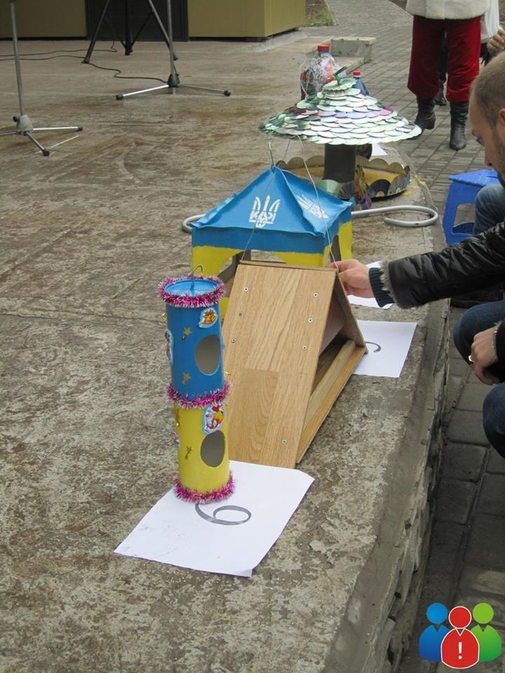 Маленькие криворожане украсили новогодними игрушками парк Правды (ФОТО), фото-18