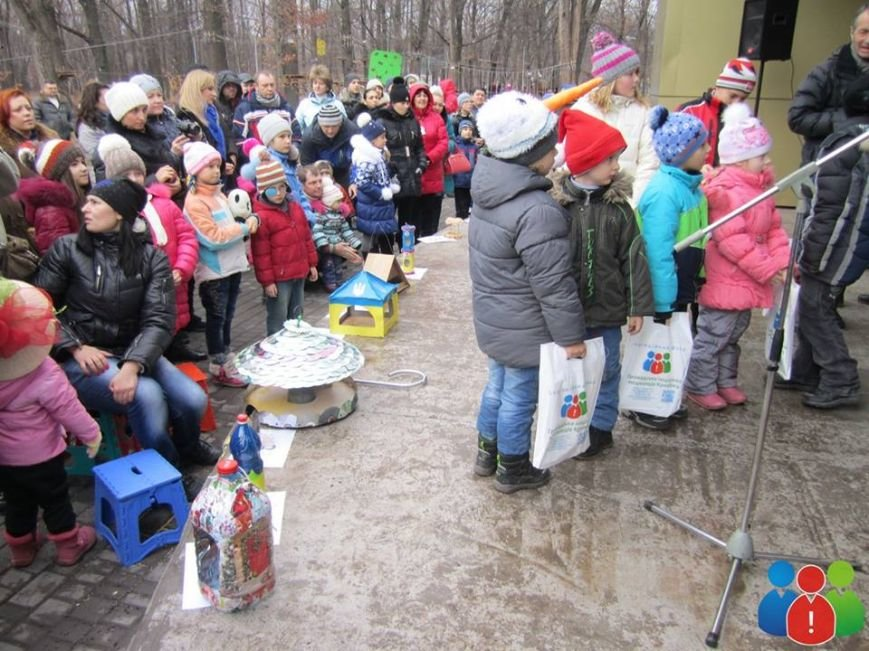 Маленькие криворожане украсили новогодними игрушками парк Правды (ФОТО), фото-19