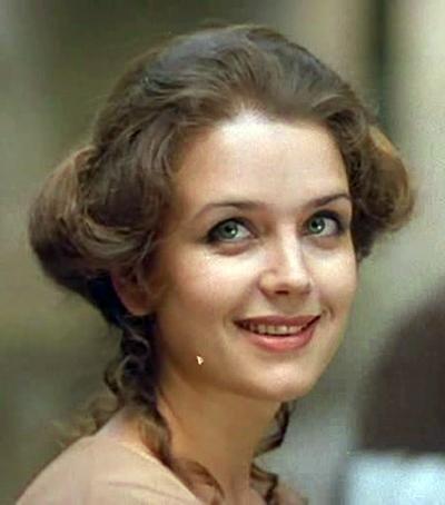 Знаменитые актрисы СССР тогда и сейчас (фото) - фото 1