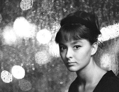 Знаменитые актрисы СССР тогда и сейчас (фото) - фото 11