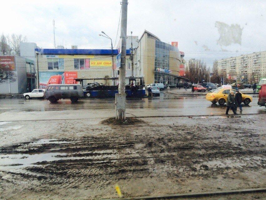 На Героев Труда, пока водитель ходил за чаем, выгорел дотла «Икарус» (ФОТО) (фото) - фото 1