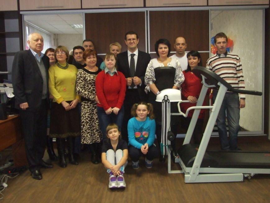В Центре адаптации инвалидов открыт новый тренажерный зал (фото) - фото 2