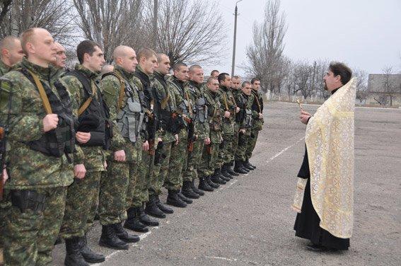 Николаев встретил милиционеров, вернувшихся из зоны АТО (ФОТО) (фото) - фото 3