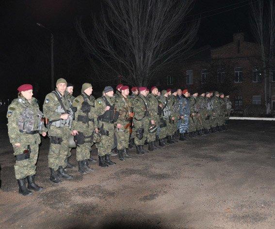 Николаев встретил милиционеров, вернувшихся из зоны АТО (ФОТО) (фото) - фото 1