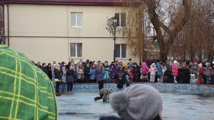Открытие Новогодней елки в Димитрове (фото) - фото 10