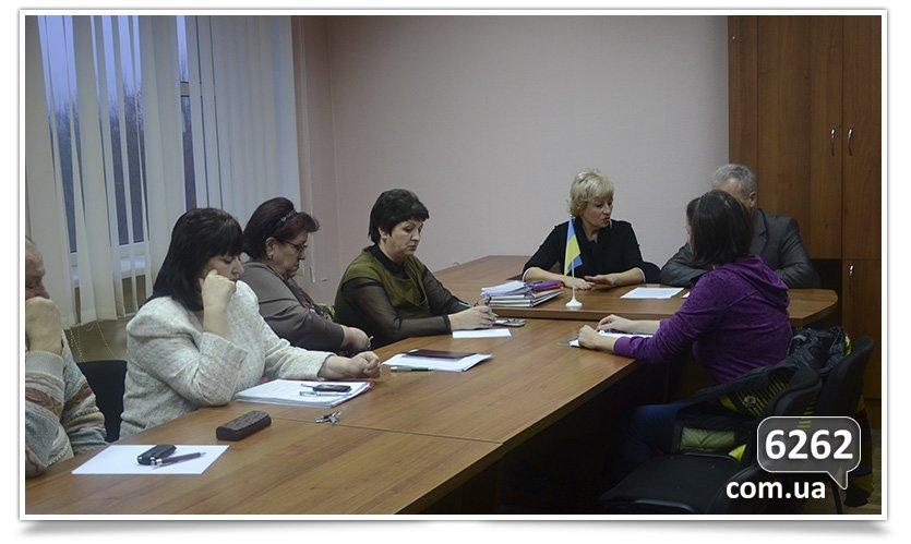 Славянские чиновники отреагировали на запрос о поборах в школах. (фото) - фото 2