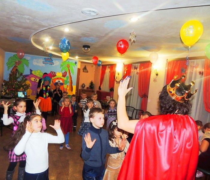 День рождения кафе «Малибу» в Доброполье (фото) - фото 2