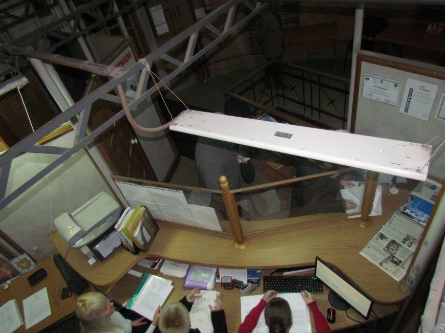 Мариупольцам показали, как разместился горсовет в водонапорной башне (ФОТОРЕПОРТАЖ), фото-3