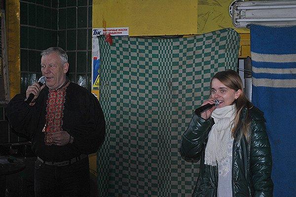 Гвардійців на постах привітали піснею (фото) - фото 2